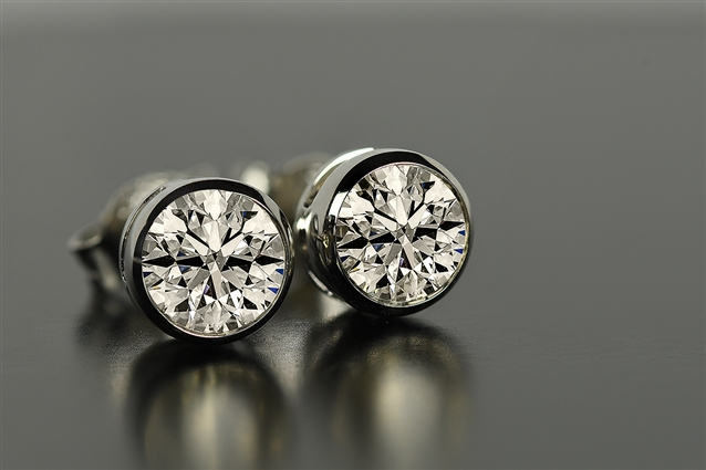 Image for A Guide to Diamond Stud Earrings