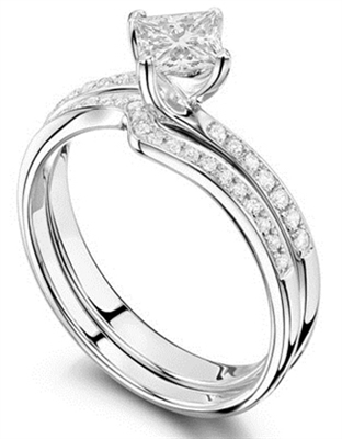 Princess Diamond Shoulder Set Ring With Matching Band DHRX2971W Image