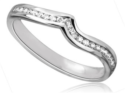 Shaped Diamond Wedding Ring DHDOMDSWR15 Image