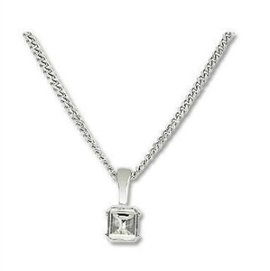 Buy Solitaire Diamond Pendants Online