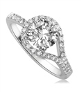 Elegant Round Diamond Designer Ring